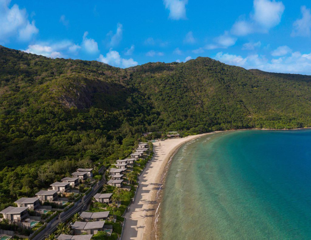 Six Senses Con Dai sets on one of the most beautiful island in Vietnam. You will be able to experience marine life and natural surroundings and feel completely relaxed at their Spa.